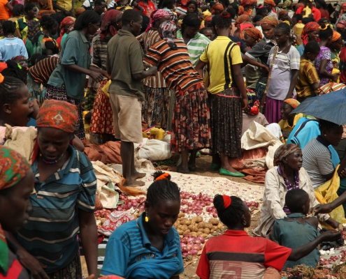 A crowd at the market. Konso. Ethiopia
