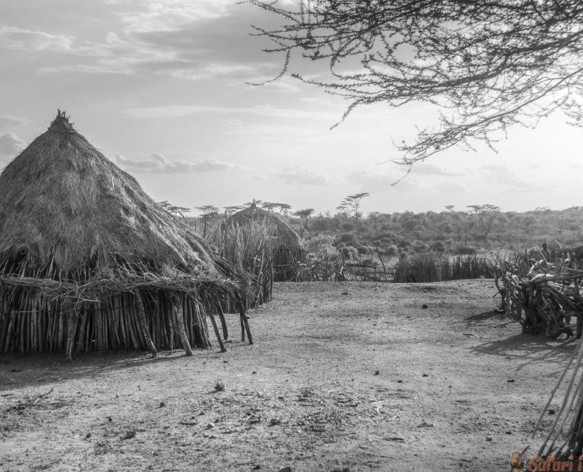 Hamer village near Turmi, Ethiopia B&W