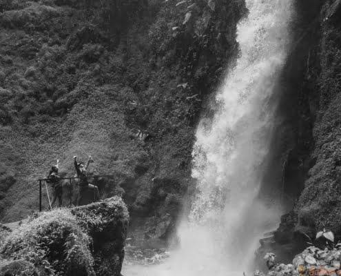 Nyungwe waterval B&W