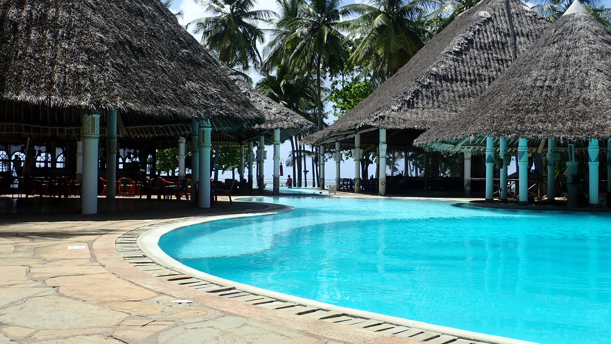 safari-in-kenia-neptune-village-beach-resort_diani-beach