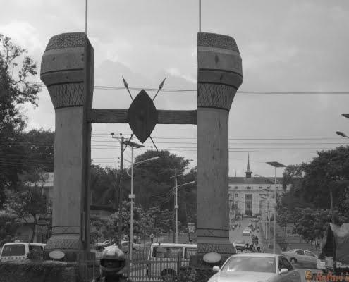 The Buganda monument in Kampala. Uganda B&W