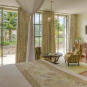 safari-in-rwanda_bishops-house_02