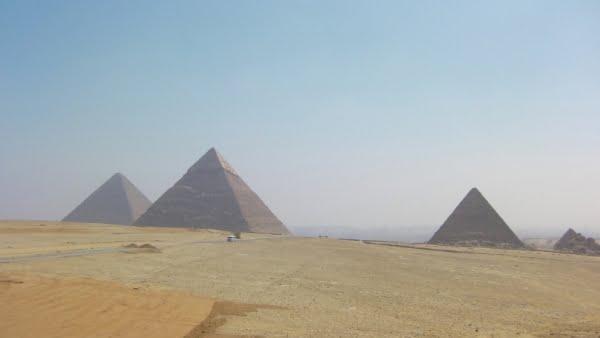 egypte-rondreis_safari-in-africa_gizeh-pyramide_02