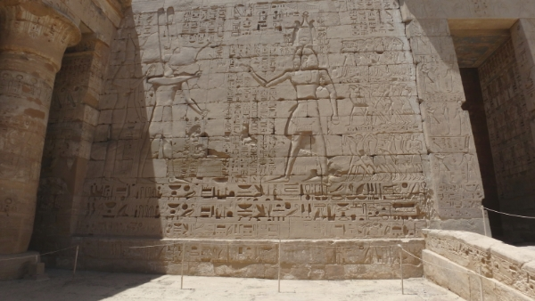 egypte-rondreis_safari-in-africa_habu-tempel_07
