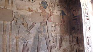 egypte-rondreis_safari-in-africa_habu-tempel_08
