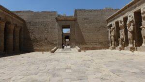 egypte-rondreis_safari-in-africa_habu-tempel_12