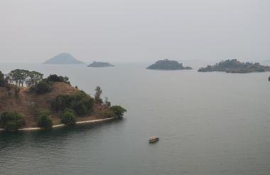 safari-in-rwanda_kibuye_rwanda