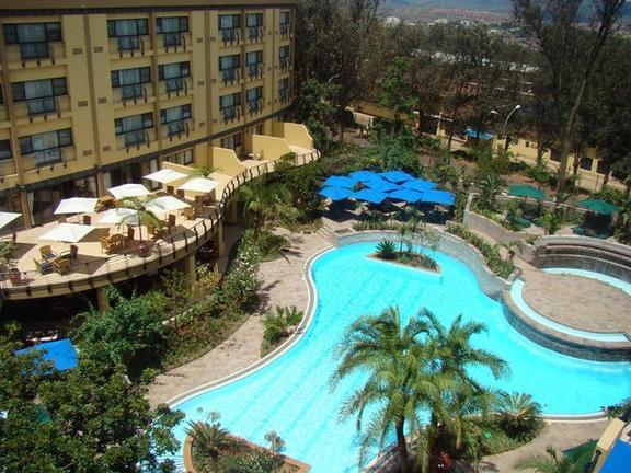 safari-in-rwanda_kigali-serena-hotel_03