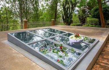 safari-in-rwanda_kigali_genocide-memorial