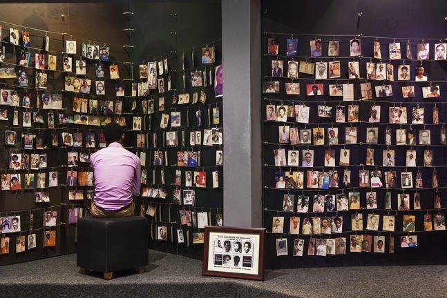 safari-in-africa-kigali-genocide-memorial-museum_02
