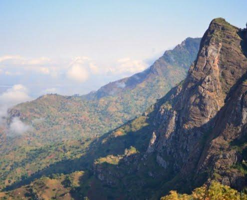safari-in-africa-usambara-mountains_01