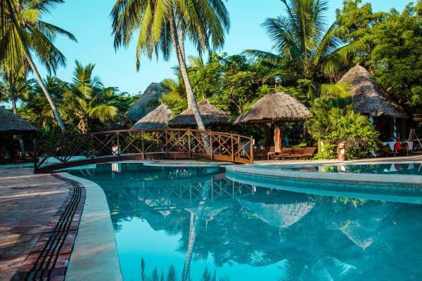 Uroa Beach Resort @Zanzibar