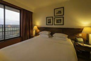 safari-in-kenia_Ole Sereni Hotel_02