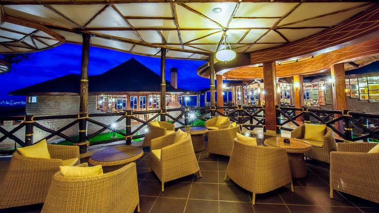 safari-in-kenia_lake-nakuru-sopa lodge_10