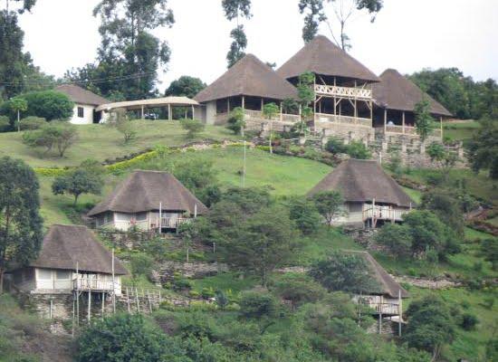 Enganzi Game Lodge @Queen Elizabeth National park – Oeganda