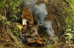 safari-in-oeganda-batwa-pygmy-tribe_02