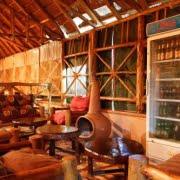 safari-in-oeganda-chimpanzee-forest-guesthouse-kibale-national-park_03