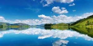 safari-in-oeganda-lake-bunyonyi_01