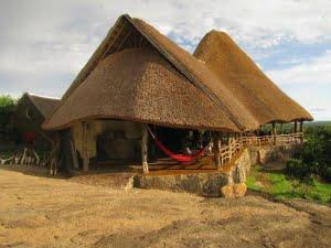 safari-in-oeganda-rwakobo-rock-lake-mburo-national-park_01