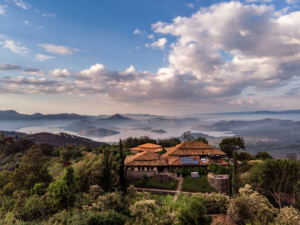 safari-in-rwanda-virunga-lodge_01