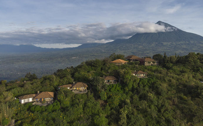 safari-in-rwanda-virunga-lodge_16