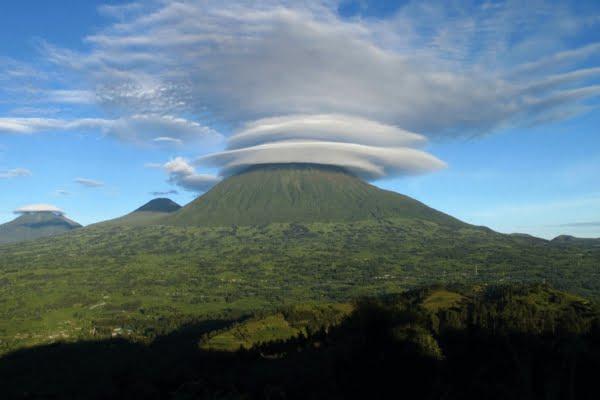 Rwanda & DR-Congo: 8 Dagen Virunga Classic Avontuur (2x Gorilla + Vulkaan Trekking)