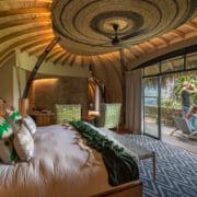 safari-in-rwanda_bisate-lodge_09