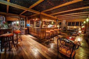 safari-in-tanzania-arusha-coffee-lodge_01