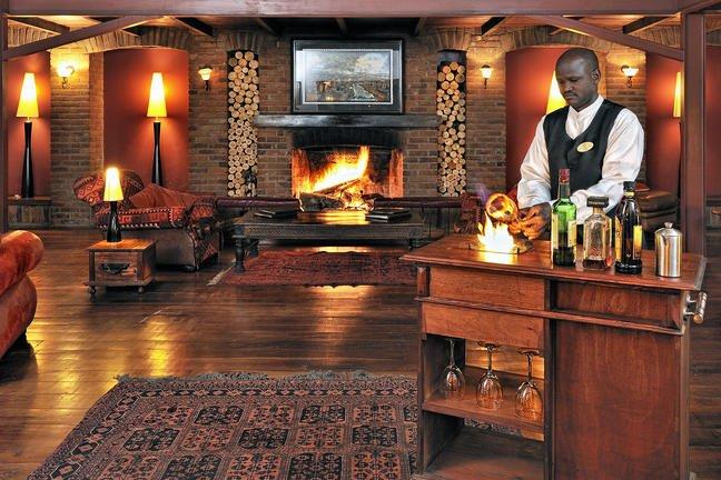 safari-in-tanzania-arusha-coffee-lodge_05