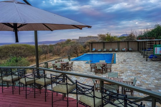 safari-in-tanzania-lake-burunge-tented-camp_05