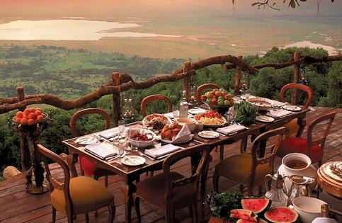 safari-in-tanzania-ngorongoro-farm-house_05