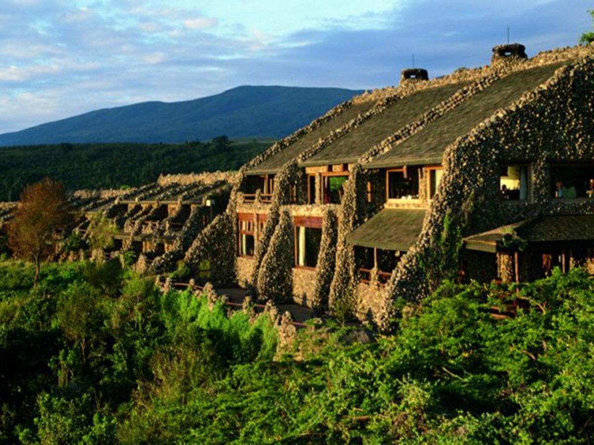 safari-in-tanzania-serena-safari-lodge-ngorongoro_01