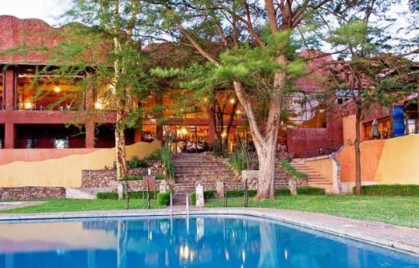 Sopa Lodge @Serengeti – Tanzania