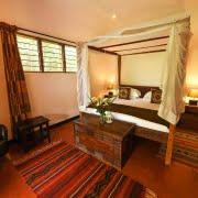 safari-in-uganda-boma-hotel-entebbe_02
