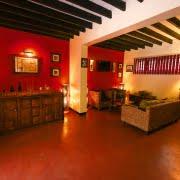 safari-in-uganda-boma-hotel-entebbe_04