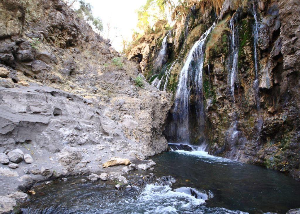 safari-intanzania-ngare-sero-waterfalls_01