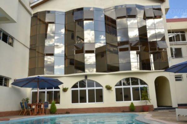 Hill Court Resort @Lake Nakuru – Kenia