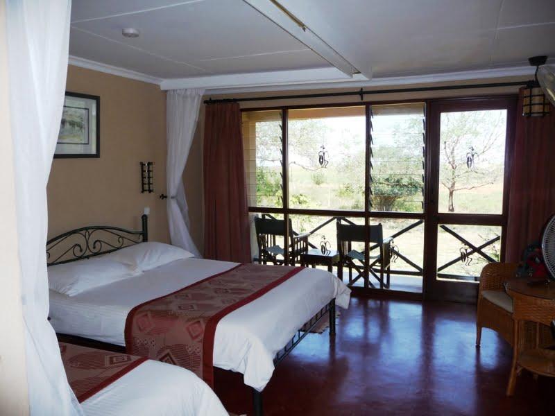 safari-kenia-luxe_ashnil_aruba_lodge_2