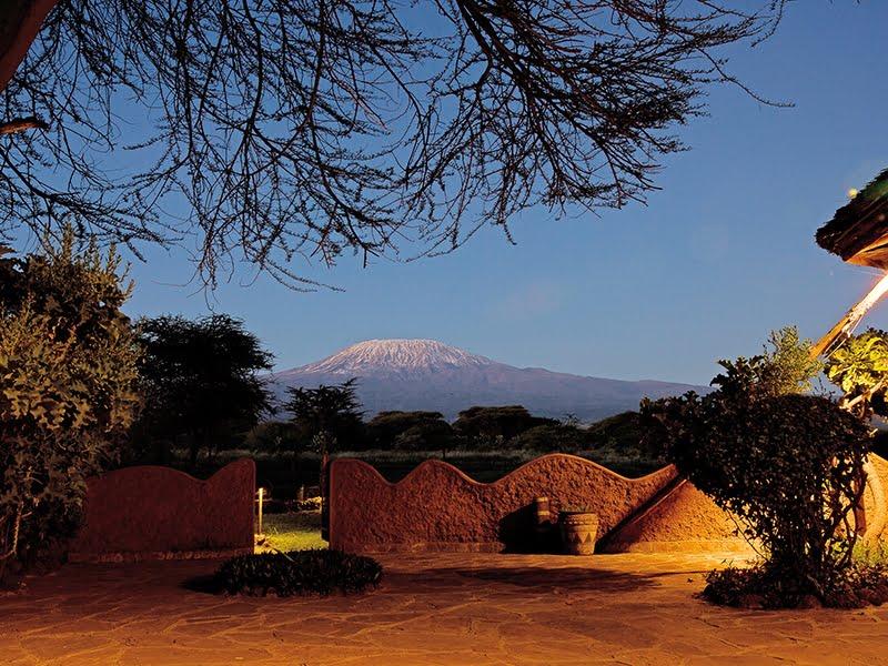 safari-kenia-staandard_amboseli_sopa_lodge_1