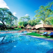 safari-kenia-standaard_lake_naivasha_country_club_2