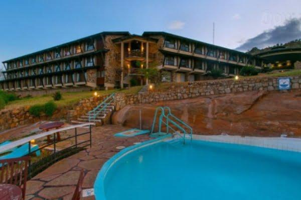 Voi Safari Lodge @Tsavo East – Kenia